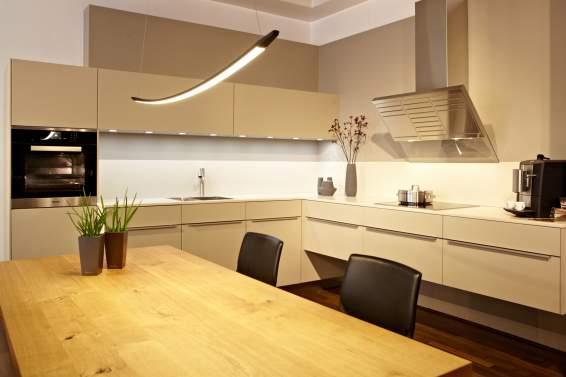 k chen brune k chen k ln h rth warendorf k chen f r pers nlichkeiten. Black Bedroom Furniture Sets. Home Design Ideas