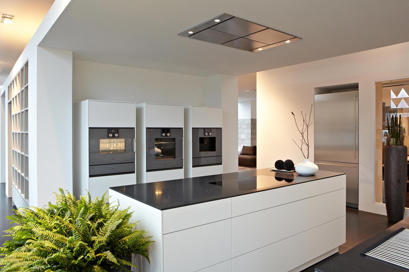 ger te technik brune k chen k ln h rth warendorf k chen f r pers nlichkeiten. Black Bedroom Furniture Sets. Home Design Ideas